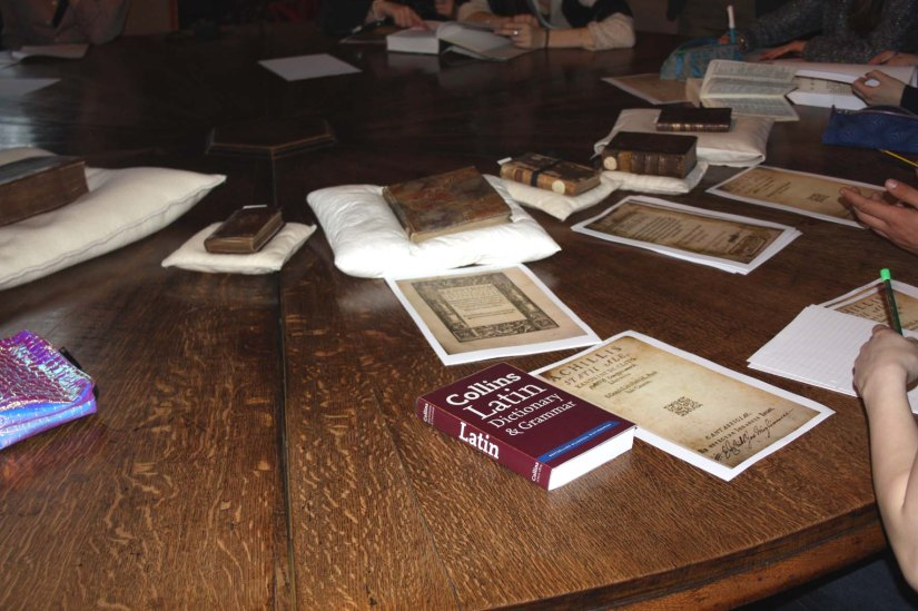 Emanuel School Sixth Form visits Lambeth Palace Library